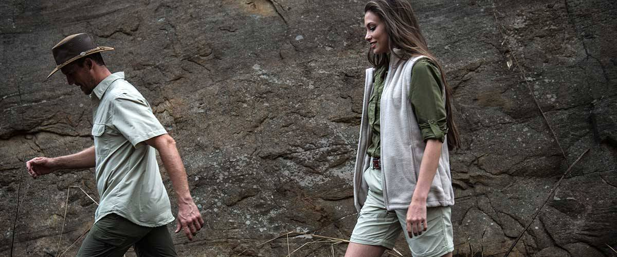 How to choose the best travel clothes for your safari