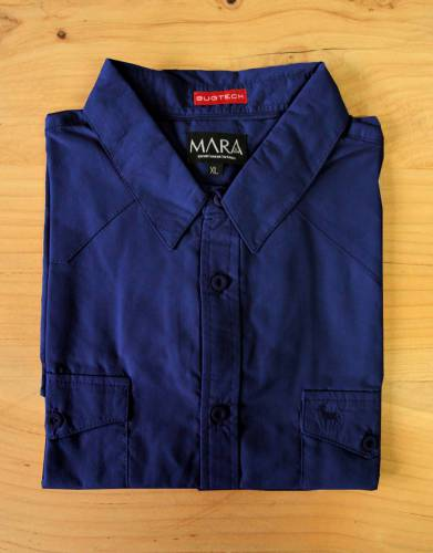 A versatile colour that suits both indoor and outdoor activities, this Midnight Blue shirt is a striking addition to every outdoor wardrobe.