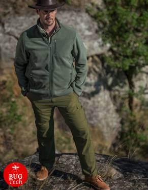 We recommend wearing safari-friendly, neutral colours on safari. Pictured here in Khaki Olive with a 32-inch leg, this perennially stylish colour is suitable for safari and daily wear.