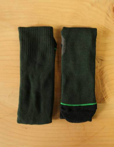 We recommend wearing safari-friendly, neutral colours on safari. Pictured here in Green, these socks are both comfortable and suitable for safaris.