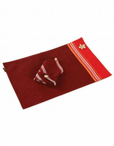 Kikoy Placemat with Cowrie Shells & Napkin in Dark Red