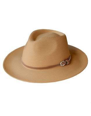 We recommend wearing safari-friendly, neutral colours on safari. In Tawny, this hat looks great on safari and for daily wear.