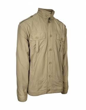 Neutral colours are essential on safari. In Katavi Khaki, this safari jacket is 100% safari appropriate and a classic colour for everyday wear.