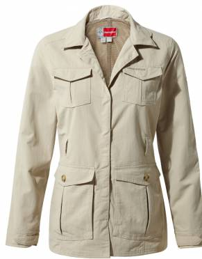 In Desert Sand, this women's safari jacket captures the adventure spirit of old. It's neutral colour means it is safari-friendly for your African adventures.