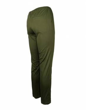 The rear view of the Serengeti Women's Safari Joggers in Forest. This darker safari hue blends in with your surroundings on safari and is a fashionable natural tone to wear on any occasion.