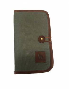 In green canvas with a brown leather trim, enjoy classic safari styling when you travel with this eye-catching travel wallet