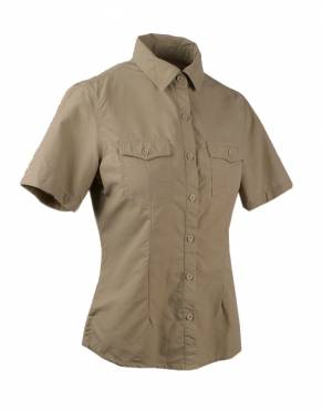 We recommend wearing safari-friendly, neutral colours on safari. Pictured here in Katavi Khaki, this perennially stylish colour is suitable for safari and daily wear.