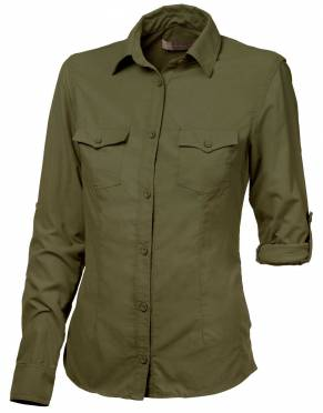 We recommend wearing safari-friendly, neutral colours on safari. Pictured here in Khaki Olive, this perennially stylish colour is suitable for safari and daily wear.