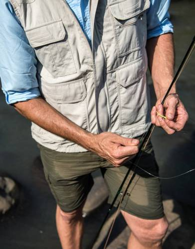 Light and cool and in stylish blue, this is the perfect shirt for fishing trips. The fabric features are outstanding for even remote outdoor locations, meaning you can focus on tight lines while your clothing protects you from insects and the sun.