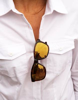 Our sunglasses loops on the inside of the shirt are an industry first. They are a simple solution to securely wearing your sunglasses on your shirt, reducing the risk of damaging or losing them while you are out and about.