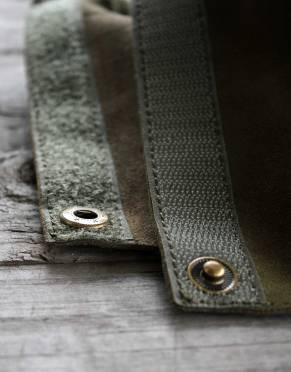 These suede gaiters are secured by velcro running along their length and a brass press stud.
