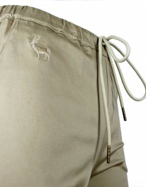 These shorts have an elasticated waistband and drawstring, allowing you to get a great fit for safari and everyday activities.