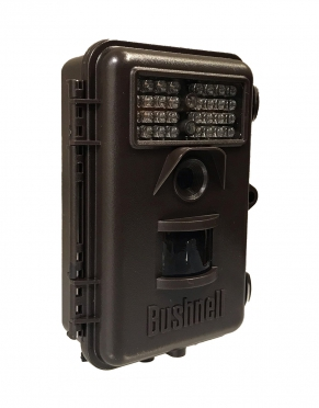 The rugged construction of the Bushnell Trophy Cam makes it perfect for capturing high-resolution images no matter the time of day. Add a different element to your safari with this trophy camera.