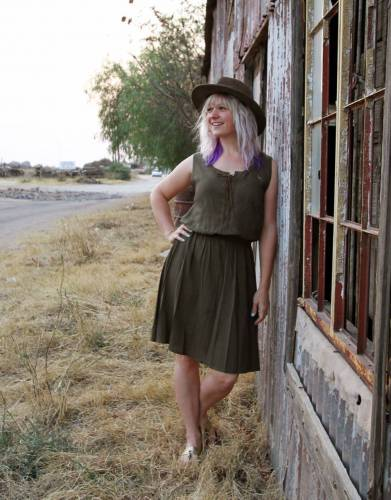 The Mara&Meru All Day Casual Safari Dress makes a dramatic fashion statement for travel, outdoor, and safari adventures.