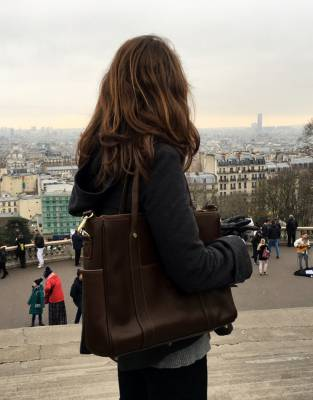 Style-tested in Paris, the beautiful leather and classic styling of the Mara&Meru Business Bag was right at home in one of the style capitals of the world.