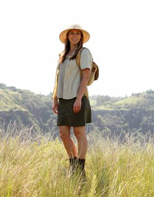 Wear the Indie Hat with a pair of Skorts and Rufiji™ APU Boots for a modern twist on classic safari style.