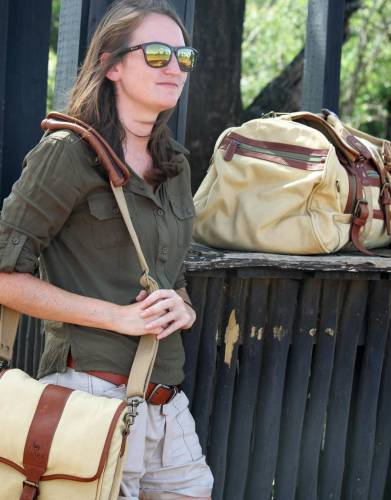 The canvas and leather material and design of the Selous Satchel fits in perfectly with the style of our Rufiji™ and Mara&Meru™ luggage ranges