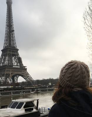 Style-tested during winter in Paris - one of the fashion capitals - the Mara&Meru™ Thusk™ Cable-Knit Beanie provides pinnacle crossover style and warmth for both urban and outdoor adventures.