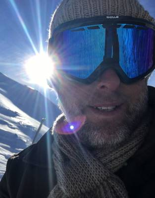Expedition-tested™ by Steve in the French Alps, the Mara&Meru™ Thusk™ Cable-Knit Beanie was warm and effective even in Alpine conditions - earning its place as part of any winter wardrobe.