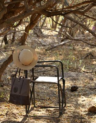 Paired with the Mara&Meru™ Indie Safari Hat, this bag easily creates a classic safari look.