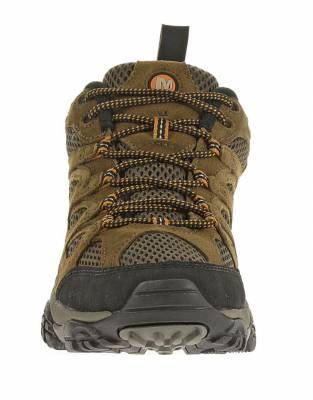 As specialists in outdoor footwear, the Merrell has designed the Moab Ventilators to keep you on the move on many hikes, walking safaris, and outdoor adventures.