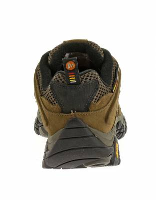 Outdoor expertise meets practical expertise in the Moab Ventilators. These shoes have full bumper protection on the heel and toe.