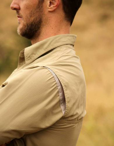 The +Vent system increases air flow around the body through hidden vents along the top back seam of the shirt for extra comfort.