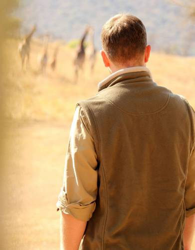 Keep your torso warm with this safari gilet made from our soft, snug Rufiji™ fleece fabric.