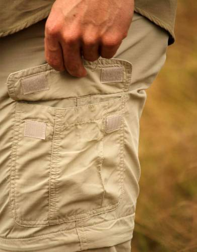 Two cargo pockets make for extra carrying space and add to the overall styling of the trousers when worn as trousers or as shorts.
