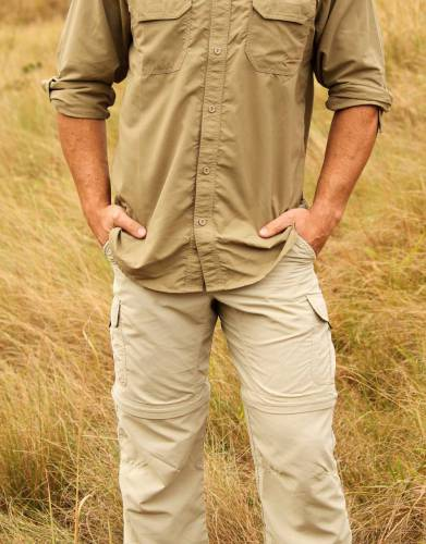 Made from lightweight MaraTech Ripstop fabric with built-in SPF and wicking properties, these comfortable trousers are a comfortable, versatile choice for safari and outdoor adventures.