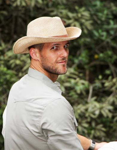 Not only does this hat serve a practical function, the modern take on the classic men's fedora makes it a great addition to your outdoor wardrobe