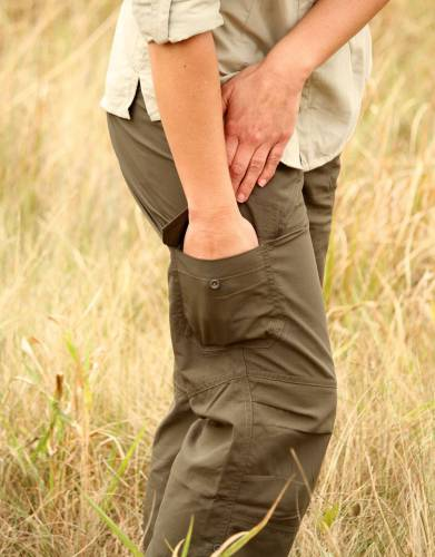Classic cargo trousers are a favourite for the outdoors. Combining two handy cargo pockets with the fabric features of MaraTech, this revolutionised classic garment is ideal for safari and outdoor adventures.