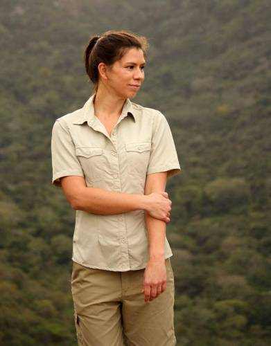 Although we recommend long-sleeved shirts on safari, short sleeves are a useful style alternative to add to your safari wardrobe. Made from MaraTech Ripstop fabric, enjoy built-in SPF, anti-bacterial properties, and moisture wicking for outdoor comfort