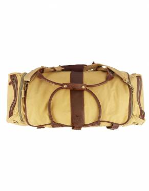 The Mara&Meru™ Safari Voyager III Suit Bag features leather carrying handles. In rich, smooth leather, this complements the styling of the bag for a luxurious look and feel to this classic safari-styled holdall.