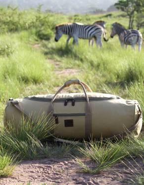 A soft-sided bag is a safari essential. Inspired by the demands of African travel, Rufiji™ luggage is tough and practical - and the Safari Traveller is no exception; ready for whatever adventure comes your way.