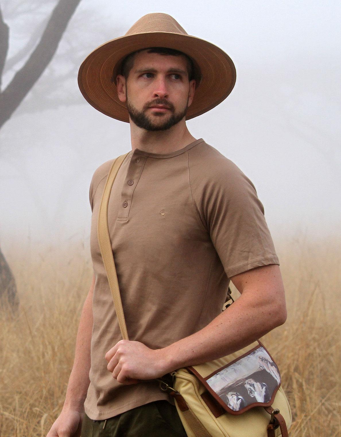 Men's Savute Safari T-Shirt in Colour Khaki, Kudu