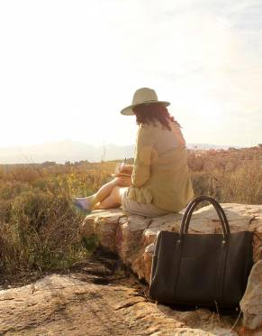 Mara&Meru™ Leather Safari Companion Bag