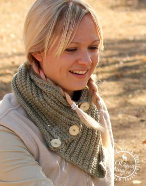 Thusk™ Zulu Knitted Button-Scarf