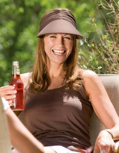 Women's Wallaroo Aqua Visor Hat (packable)