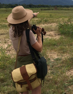 3-in-1 Canvas and Leather Bag for Farmers' Binoculars