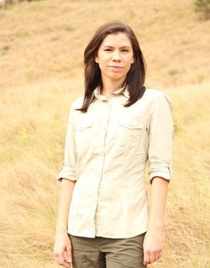 Pioneer Women's Farm Shirt for Sun Safety