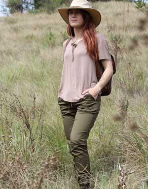 Serengeti Women's Jogger Farm Pants