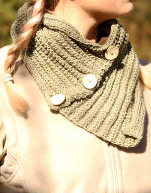 Thusk Women's Knitted Button Scarf for Farmers
