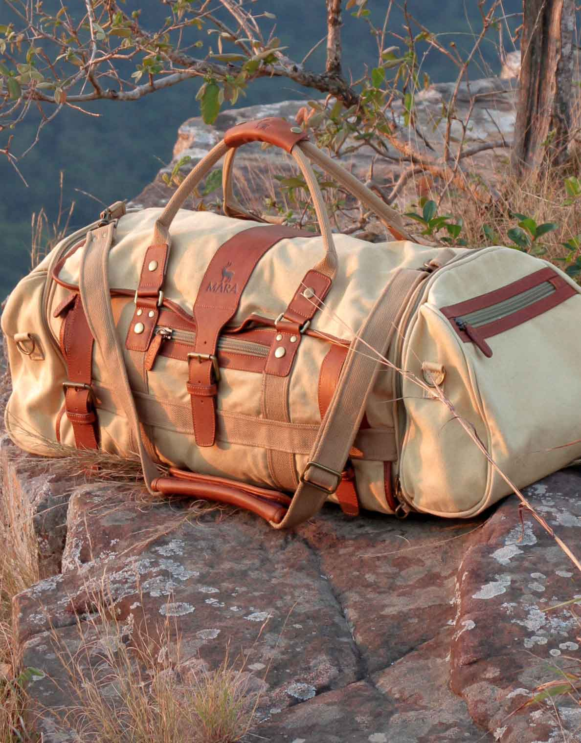 Voyager Suit Bag Luggage Protector Cover by The Safari Store